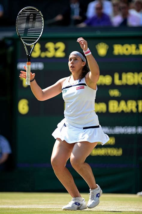 Job opportunities in the Middle East: Marion Bartoli