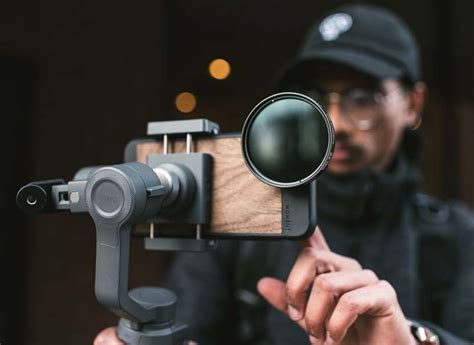 Moment Anamorphic Lens Gives JJ Abrams Flare | Iphone