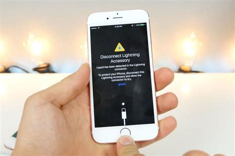 How To Fix iPhone Not Charging Error - iPhone Wont Charge