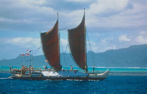 Hōkūle'a Image Gallery (From 1973)