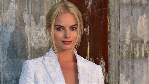 Chic Cancerian – Margot Robbie Zodiac Sign And Astrology