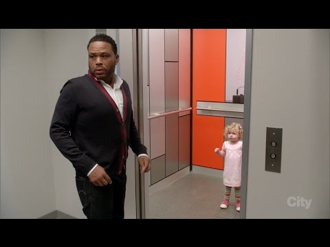 Jimmy Kimmel Tricks Anthony Anderson into Taking a Toilet