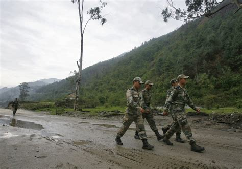 Indian and Chinese troops in tense face-off in sensitive