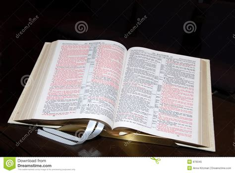 Open Bible Royalty Free Stock Photo - Image: 876045
