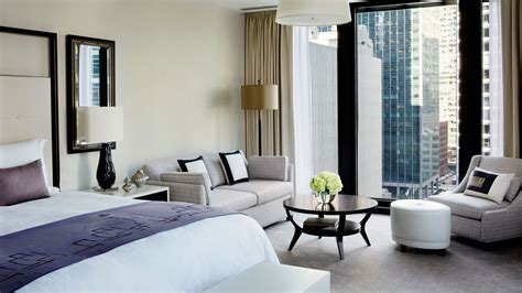 Luxury Hotel Suite with Club Lounge Access   The Langham
