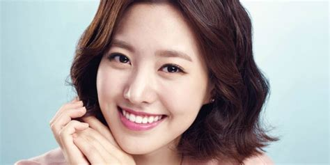 Jin Se-yeon's Profile, Plastic Surgery Issue, and Drama